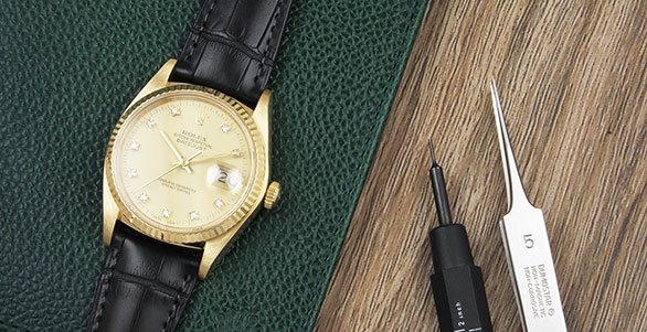 Rolex Oyster Perpetual DateJust 18K Gold 16018 Champagne Diamond Dial